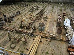 Suomenlinna dry dock guts.jpg