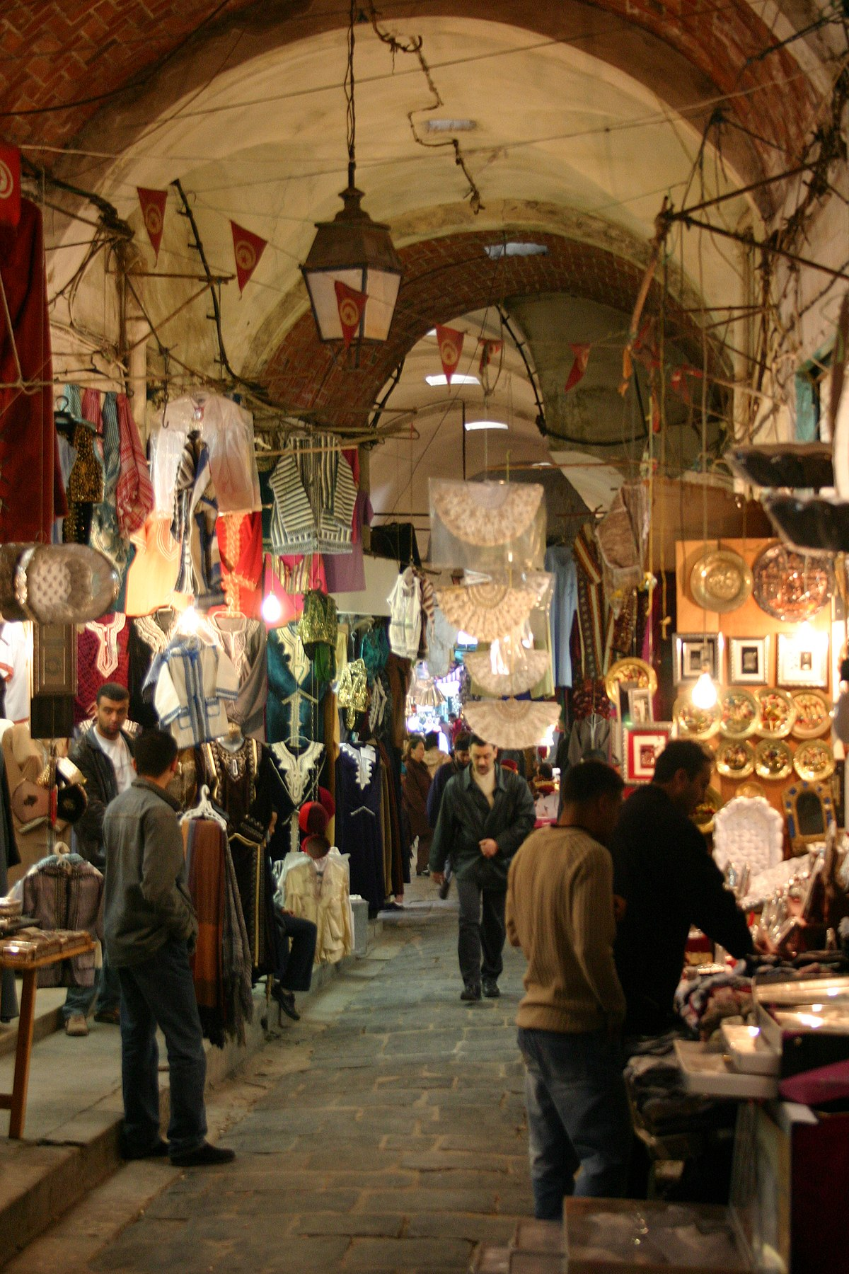 السياحة في تونس ويكيبيديا، الموسوعة الحرة