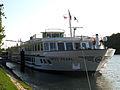 Swiss Pearl (ship, 1993) 005.jpg