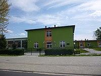 Szkola podstawowa w Myslakowie.JPG