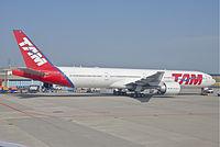 PT-MUA - B77W - LATAM Brasil