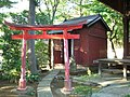 Tamahime Inari Shrine (玉姫稲荷神社) in Kitami Fudo Hall (喜多見不動堂) of Kegen-ji (慶元寺) - panoramio.jpg