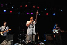 Description de l'image Temper Trap Brooklyn 2009.jpg.