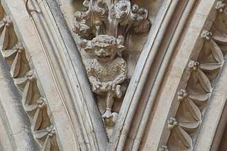 The Lincoln Imp high above the choir on the southern side of Lincoln Cathedral The Lincoln Imp - geograph.org.uk - 356041.jpg