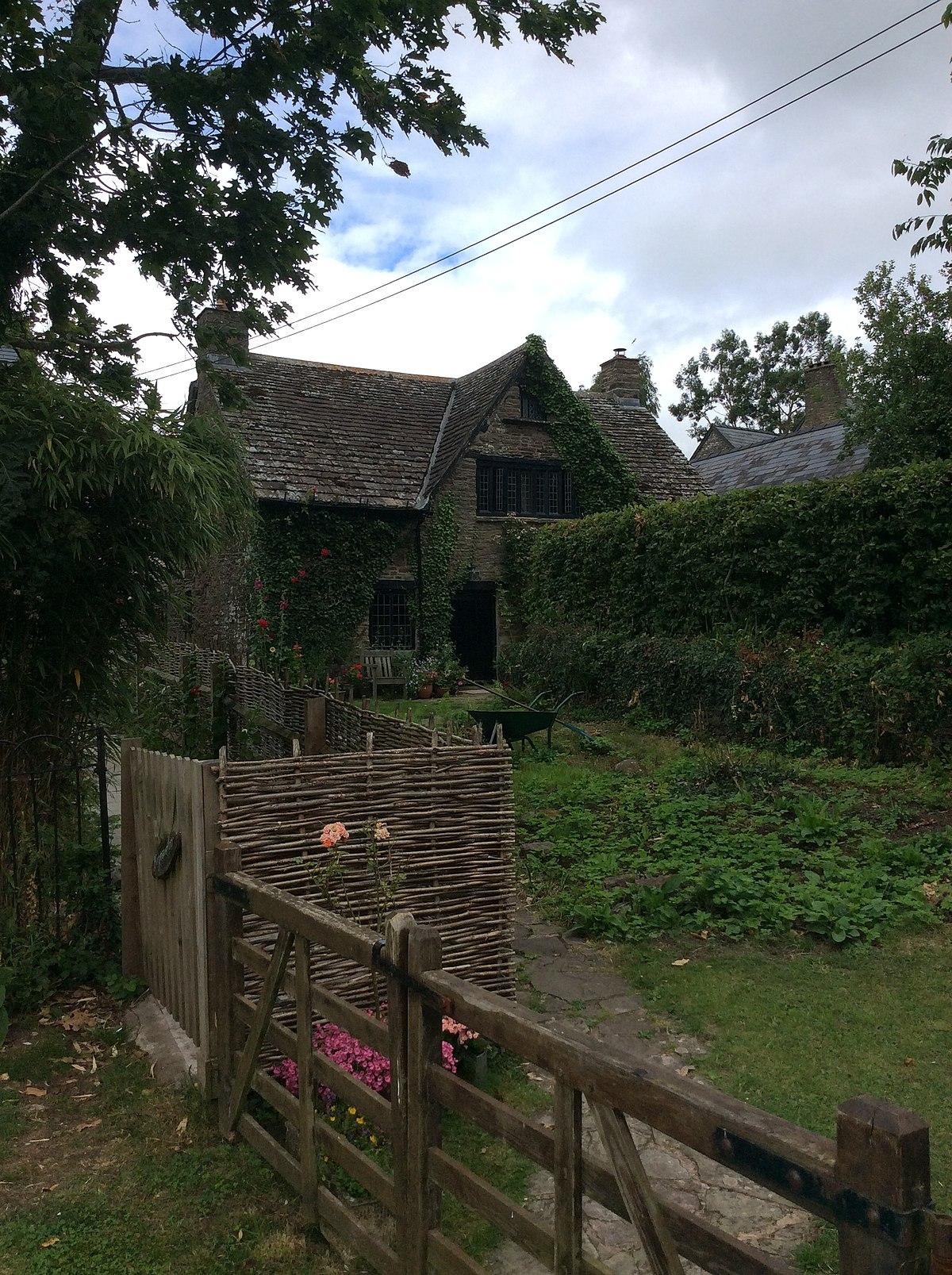 The Old Cottage, Treadam, Llantilio Crossenny - Wikipedia
