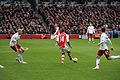 Theo Walcott on the ball! 2 (15801590903).jpg