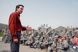 Tim Pawlenty - Tim Pawlenty meeting Minnesota National Guard troops in Kosovo (April 12, 2008)