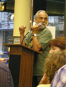 Tommy-Chong-Speaking