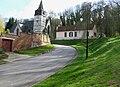 Toutencourt rue vers église et motte castrale 3.jpg