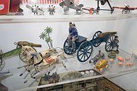 Toy cannon wagon (27181662932).jpg