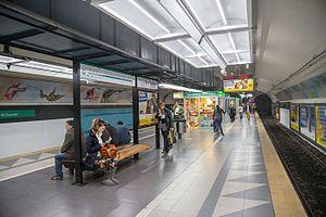 Tribunales (Buenos Aires Underground) - Image: Tribunales station 2