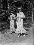 Two women racegoers at Warwick Farm racecourse (3857771646).jpg