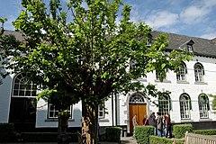 University college maastricht wikiwand courtyard spiritdancerdesigns Gallery