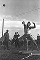 Uri Zohar shotput 1958.jpg