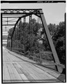 VIEW LOOKING NORTHEAST OF INCLINED END POST - Boyleston Bridge, Spanning Skunk River, Lowell, Henry County, IA HAER IOWA,44-JACTOS,1-9.tif