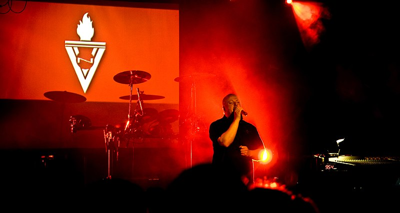 File:VNV Nation Melbourne August 2008 MG 0196.jpg
