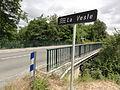 Vasseny (Aisne) pont sur la Vesle, avec panneau.JPG