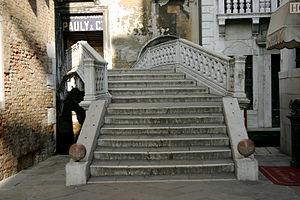 Pauly & C. – Compagnia Venezia Murano - Entry Of Pauli in Venice.