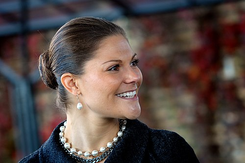 Esamir National News Network  - Page 8 500px-Victoria,_Crown_Princess_of_Sweden