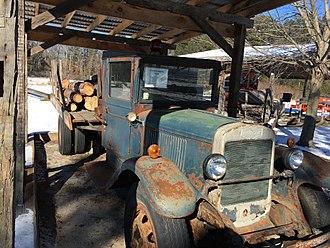 Autocar Company - c. 1930 Autocar Model DA logging truck