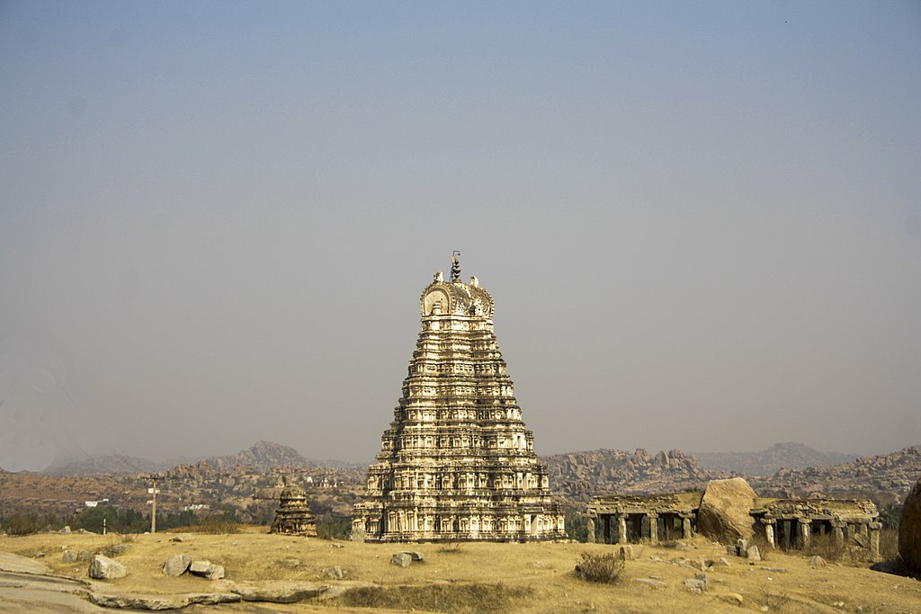 Virupaksha Temple in Hampi 01