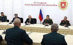 Vladimir Putin in 201 military base 06.jpeg