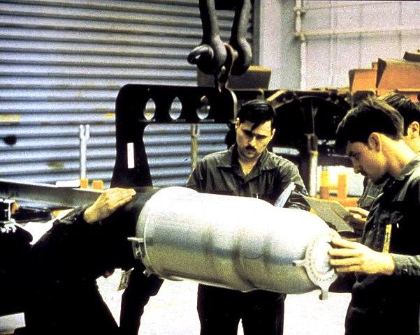 601px-W80_nuclear_warhead.jpg