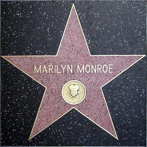 Звезда Мэрилин Монро на Голливудской «Аллее славы»