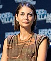 Willa Holland - Heroes & Villains Fan Fest 2016 06.jpg