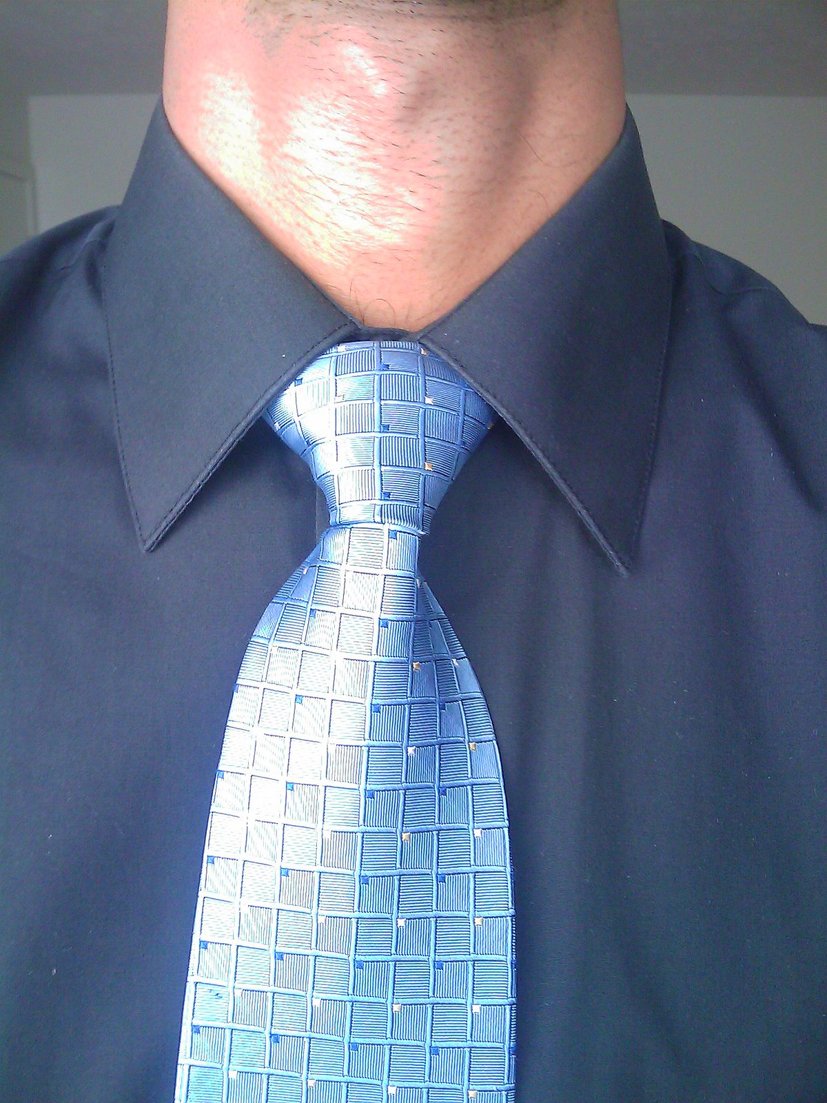 Necktie Knots Windsor knot - Wikiped...