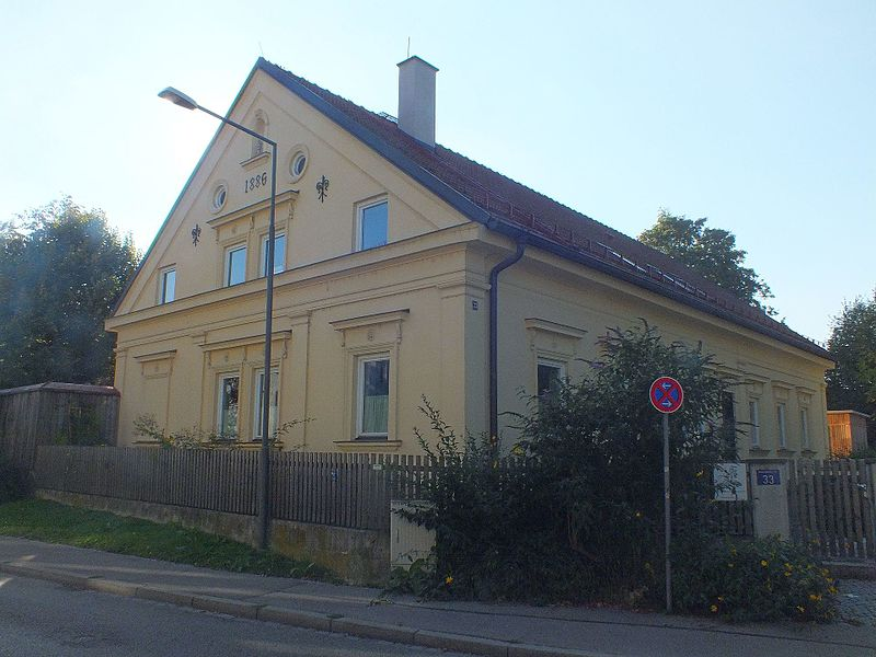 File:Wzwz dachau x04b adenauer-33.jpg