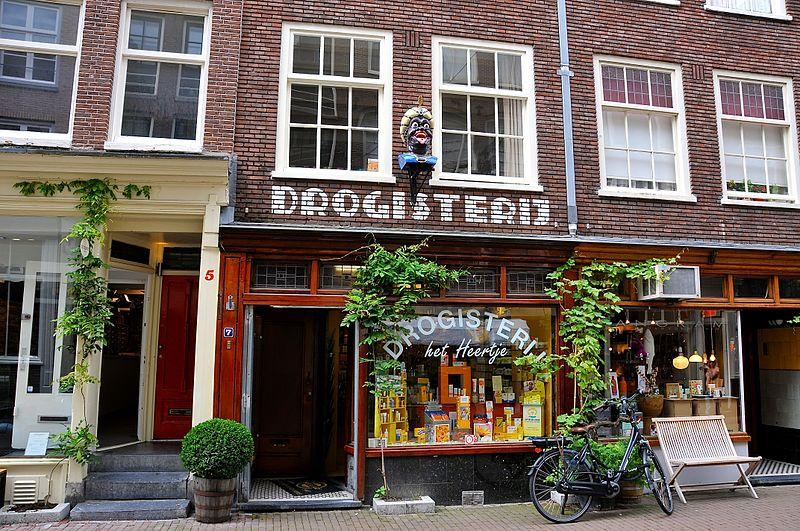Droguerie dans le quartier des canaux à Amsterdam - Photo de FaceMePLS