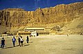 Ägypten 1999 (365) Theben West- Totentempel der Hatschepsut (28602919814).jpg