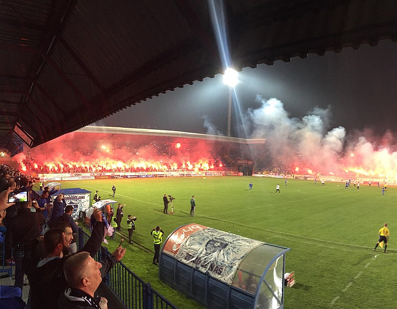 Željezničar football club fans.jpg