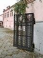 Старинные ворота дома культуры.jpg