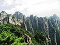 安徽黄山(云谷缆车内拍摄) Mount. Huangshan - panoramio.jpg