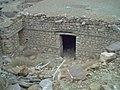 ....منازل تقليدية قديمة و تراثية تعود للسكان الاصليين.jpg