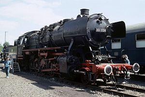 DRB Class 50 - 50 1724 at Köln-Gereon (26 May 1990)