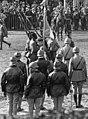 14 juillet 1920, revue des troupes de garnison de Paris sur l'hippodrome à Vincennes - drapeau (cropped).jpg