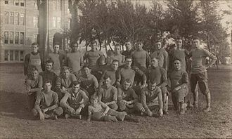 Southwestern Moundbuilders football - Image: 1913 Southwestern football team
