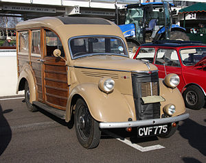 Woodie (car body style) - Image: 1930s Ford Woodie