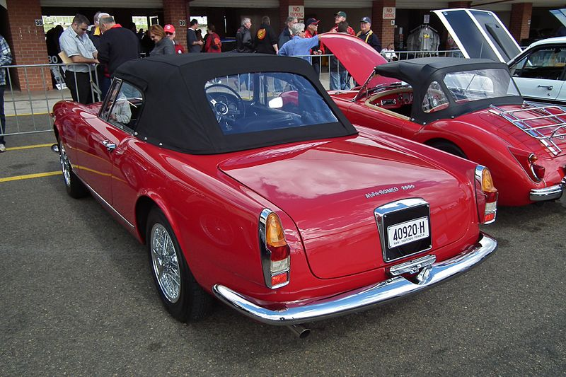 File1962 Alfa Romeo 2600 Spider 6106194806g Wikimedia Commons