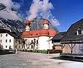 19901107140NR Schönau am Königssee St Bartholomä.jpg