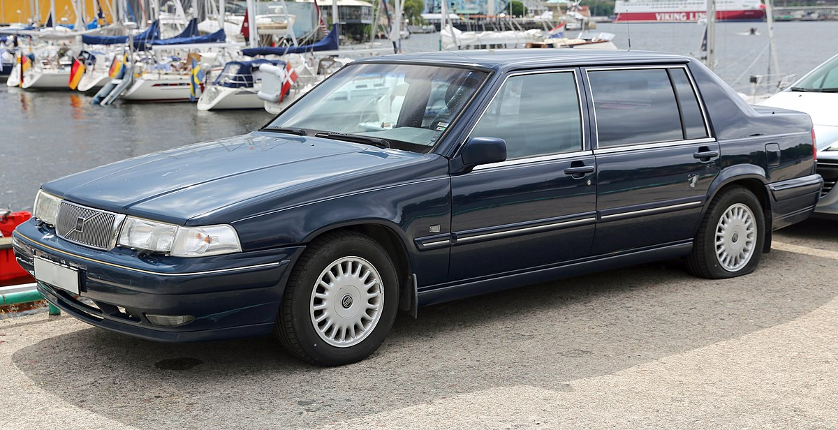 Px Volvo Executive Front on 1995 Volvo 940