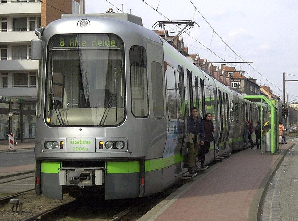 2001-03-31.H-TW2000-Vahrenwalder-Platz