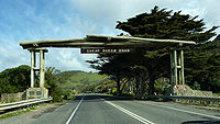 2009-0825-GreatOceanRoadsign.jpg