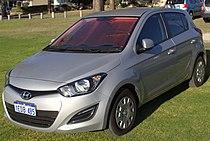 2013 Hyundai i20 (PB MY13) Active 5-door hatchback (2015-11-14) 01.jpg