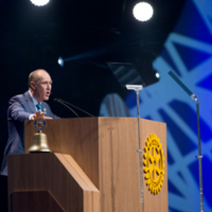 Steve Killelea - Steve Killelea addressing an audience of 14,000 people at the Rotary International Convention in São Paolo, Brazil in June 2015.
