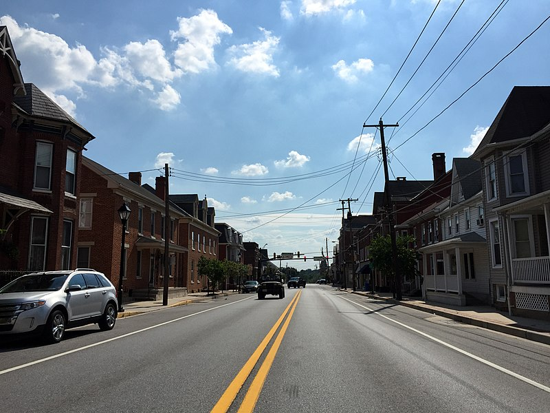 File:2016-08-20 15 53 06 View south along Maryland State Route 194 (York Street) at Westview Avenue in Taneytown, Carroll County, Maryland.jpg
