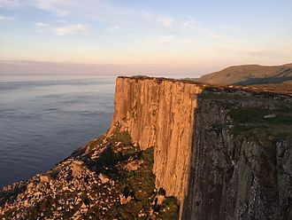 "Fair Head - ""Complete Scream"" cliff"